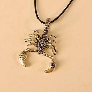 NWOT Unique Scorpion Design Silv Pendant Necklace